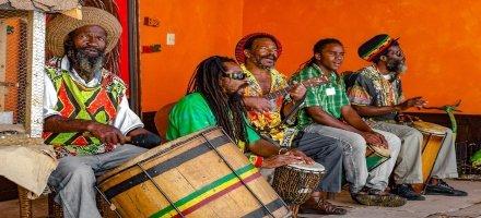 Reggae-tribute-band-Nine-Mile-Jamaica (1) (1)